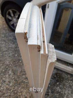 Una finestre ad arco complete di tutto a doppio vettro anti romure